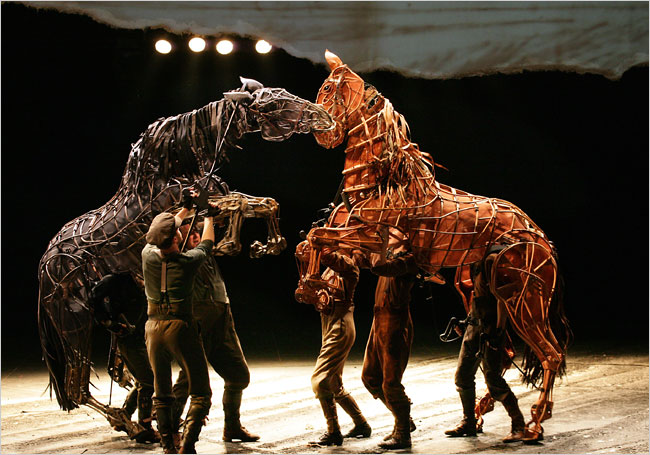 Horse puppet photo by Simon Annand